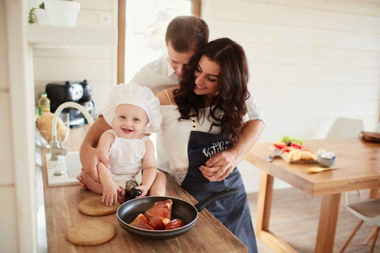 Cozinha com a família