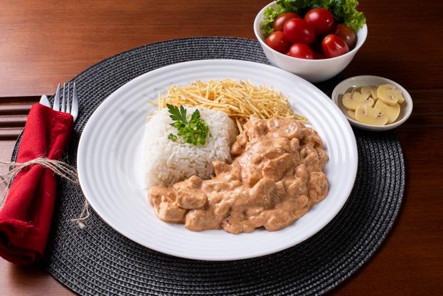 Qual a carne ideal para preparar um delicioso strogonoff?